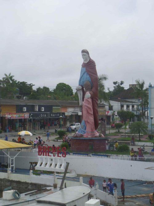 Statue religieuse de breves