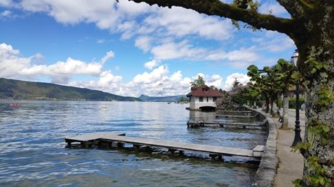 Bord du lac de Menthon-Saint-bernard