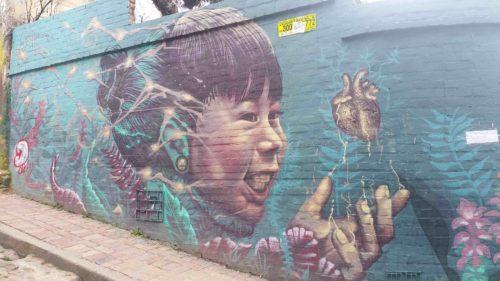 Peinture murale d'un enfant