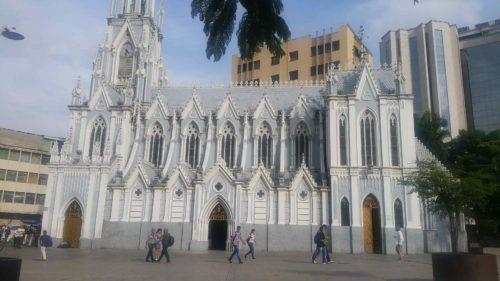 Église blanche et bleue la Ermita