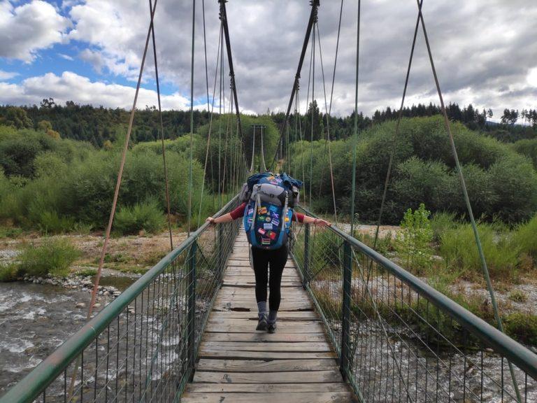 Pont pour atteindre le camping Malen d'El Bolson
