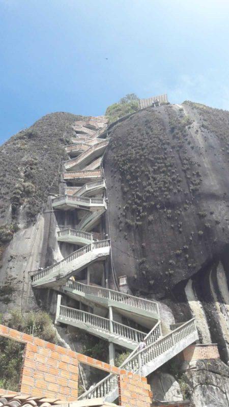 L'escalier de la Piedra del Penol