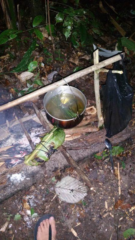 Marmite au dessu du feu