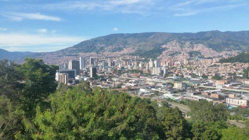 Vue de Medellin depuis les hauteurs