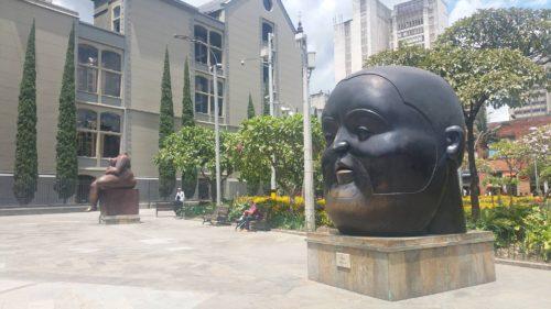 Statue d'un grosse d'homme
