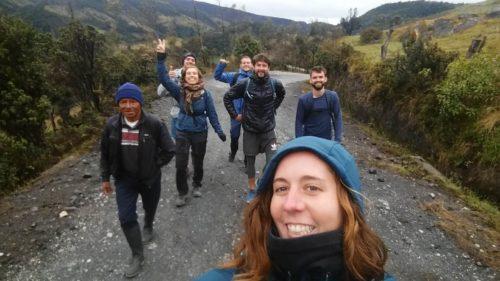 Moi et un groupe commençant la randonnée du Puracé