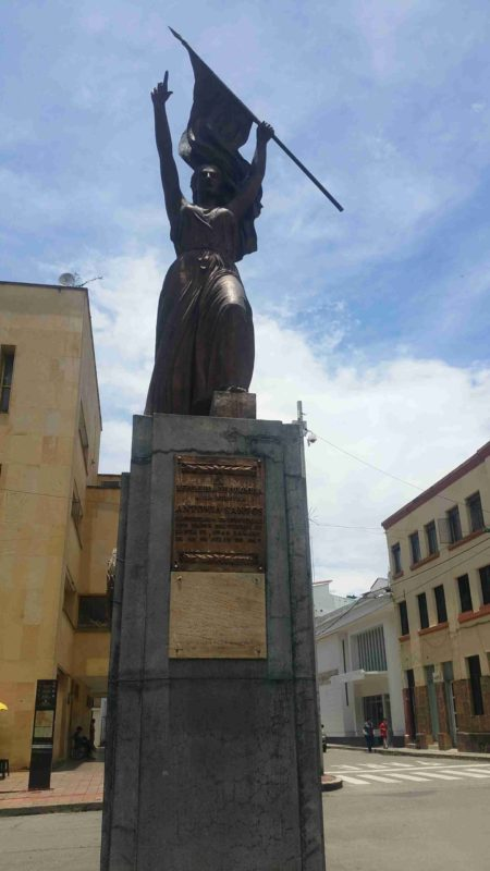 Statue d'Antonia Santos