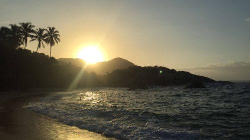 Coucher de soleil depuis une plage